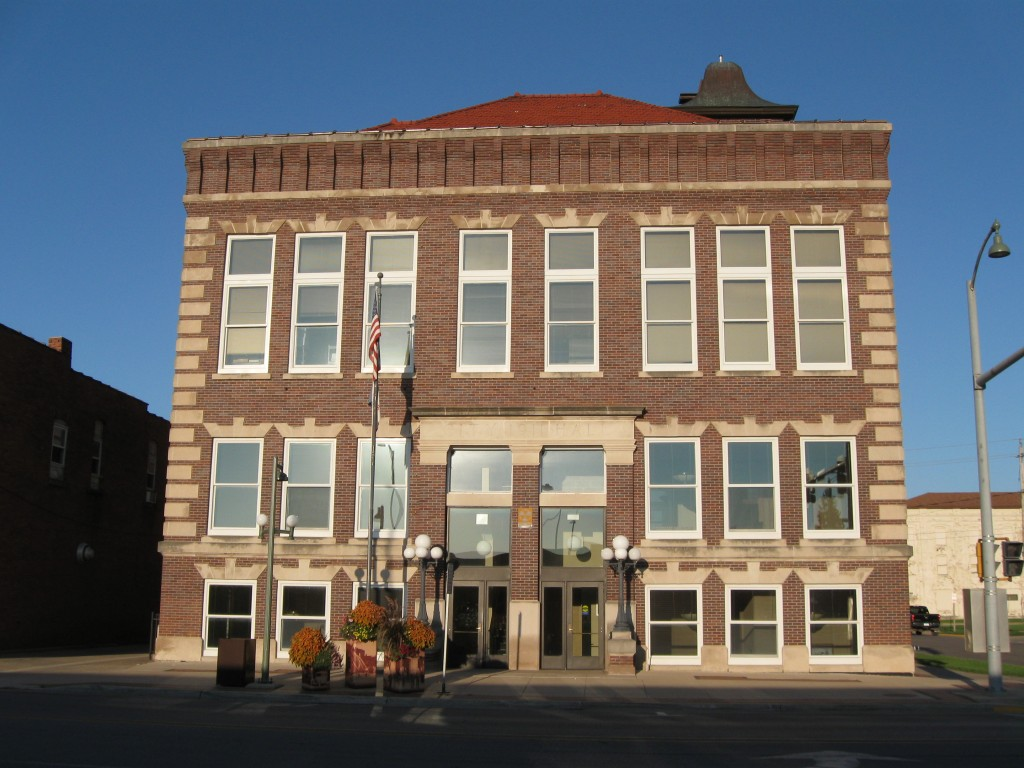 Oskaloosa Iowa City Hall