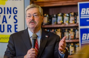 Iowa Governor Terry Branstad (R) at a campaign stop in Pella, Iowa on Thursday.
