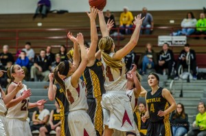 Oskaloosa Girls Varsity Basketball in action against Knoxville on Tuesday night.
