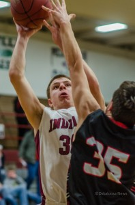 Spencer Medlin led Oskaloosa with 11 points against Newton on Tuesday night.