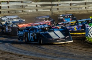 The Lucas Oil MLRA/Corn Belt Clash Late Models mixed it up at Southern Iowa Speedway Thursday night.