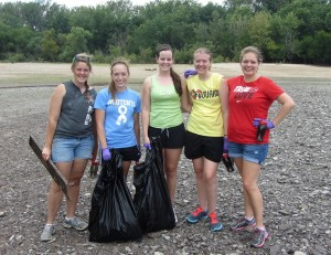 Students volunteer to clean Lake Red Rock (submitted photo)