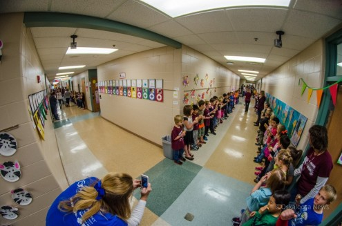 Time will tell if the students at Oskaloosa Elementary set a worlds record for an apple crunch, but over 125 apples made 1500 apple slices.  Oskaloosa Elementary took an apple bite on October 24 at 8:23 AM joining millions of others biting into an apple around the country for National Food Day.