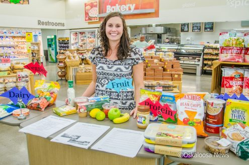 Taylor Grgurich shared some back to school lunch tips with Hy-Vee shoppers this past week.