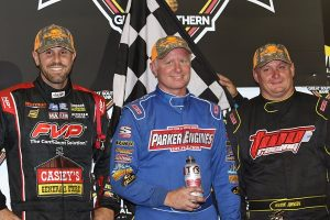 Clint Garner won the 27th Annual Knoxville 360 Nationals ahead of Brian Brown (L) and Wayne Johnson (R) (DB3 Imaging)